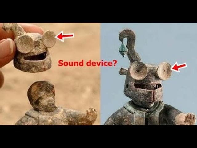 1,500 year old Ceramic Maya Figurine with Removable Helmet that looks like a sound device
