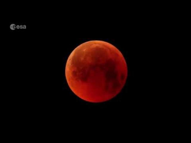 How To Snap Lunar Eclipse Photos