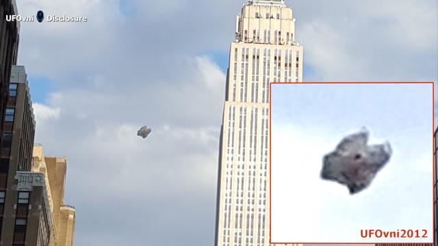 UFO Over New York City, April 2, 2016