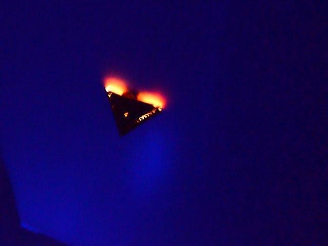 WOW!!! UFO Sightings [TR3B] Over Colorado! Abductee Shocking Photos! 9/5/2014