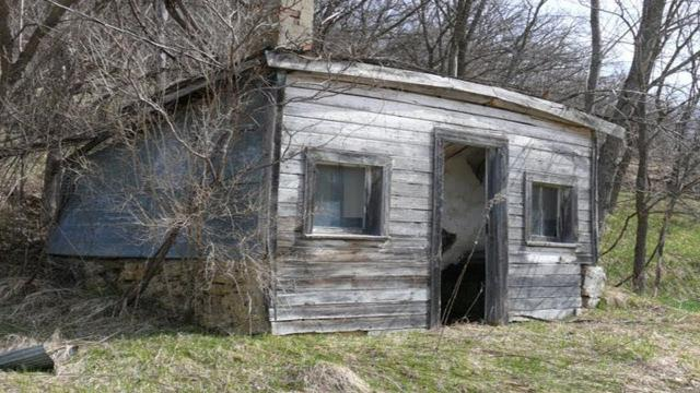 This Man Bought A Log Cabin For $100, And What He Did With It Will Make You So Envious