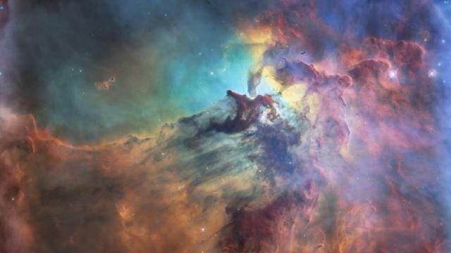 'Spectacular' Lagoon Nebula Featured for Hubble's 28th Anniversary
