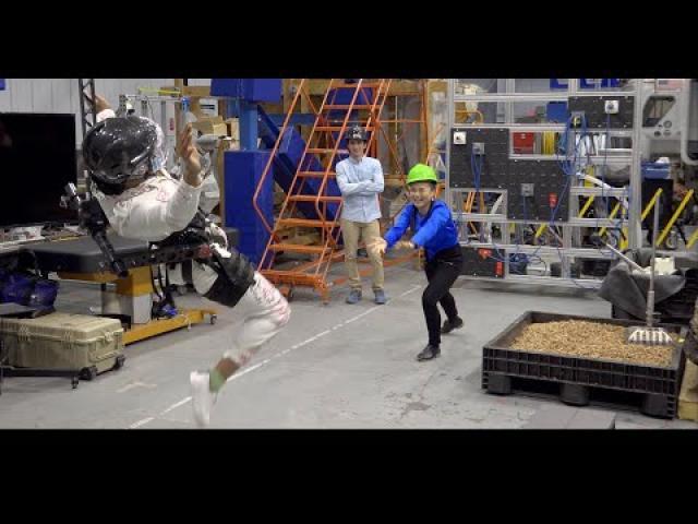 Train Like An Astronaut: Kelly Marie Tran and Naomi Ackie