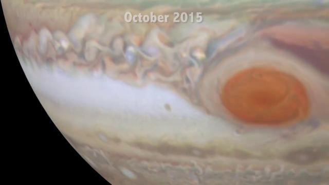 Jupiter At Opposition - Hubble Snaps New Views of Gas Giant | Video
