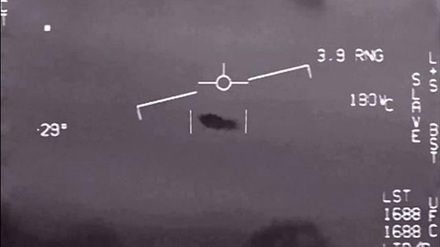 Pentagon Releases New Navy Encounter UFO Video ! UFO Footage