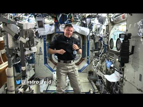 #askAstro: @astro_reid On Aliens In Space