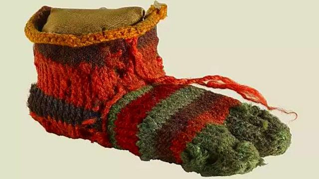 A 1,700 Year Old Sock Was Unearthed In A Dump, And Experts Are Unraveling Its  Secrets