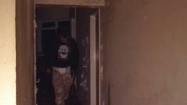 Ghost Hunting with A Difference SHOCK WARNING!