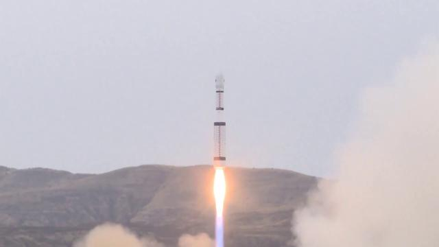 Liftoff! China Launches 5 Satellites Atop Long March-6 Rocket