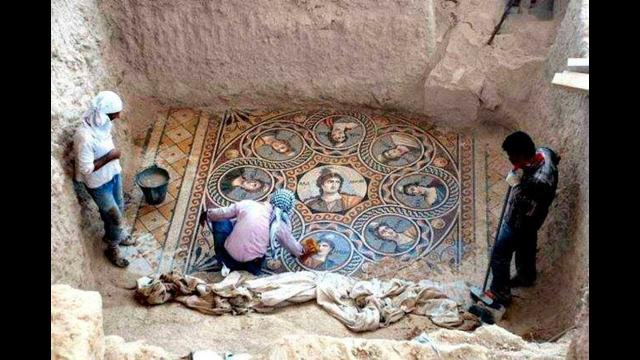 Archaeologists Uncovered This 2,000 Year Old Treasure – And What They Found Is Incredible