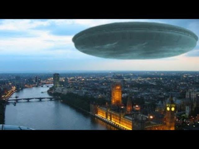 'Prepare for invasion' Ex MoD UFO chief drafts WAR PLAN for future ALIEN assault