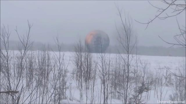 Bizarre luminous Giant Sphere filmed in Russia