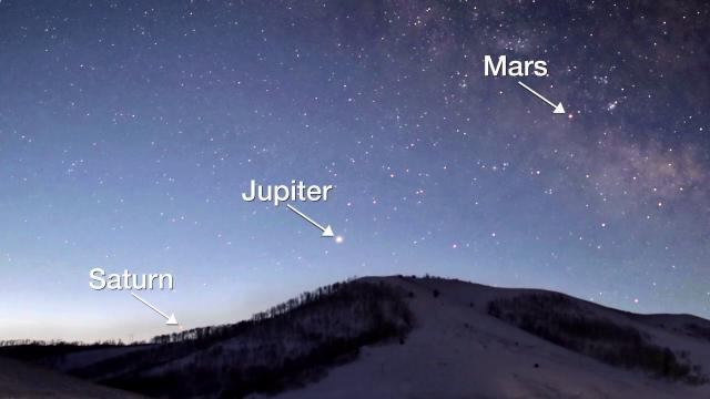'Celestial Quartet,' Sirius and the moon in March 2020 skywatching