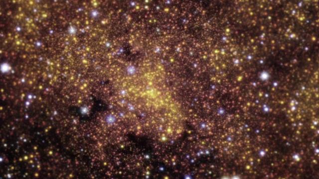 See a gas cloud fall towards Milky Way's monster black hole