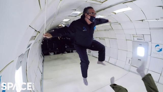 Zero-G flights deliver weightless experiences - See what it's like
