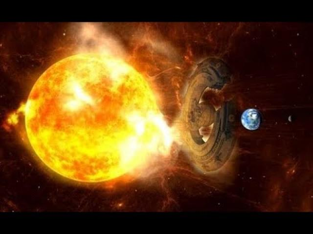 """A huge """"UFO"""" interacted with the Sun to avoid a powerful """"Solar Storm"""" directed to Earth!"""