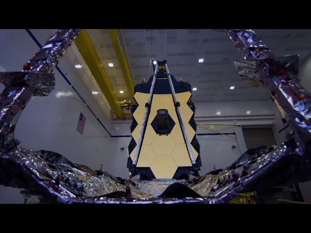 See James Webb Space Telescope's gold-coated primary mirror in 'beauty shots'
