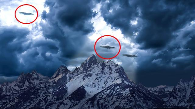 'Invisible UFOs' Fill the Skies!! Night Vision UFO Sightings