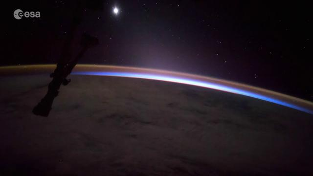 Moon, Venus and Sun Rise in New Space Station Video