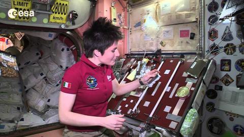 Snacks On Space Station - Italian Astronaut Reveals Menu | Video