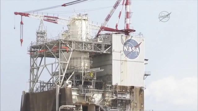 NASA SLS Rocket Engine Fired Up to Test Flight Controller