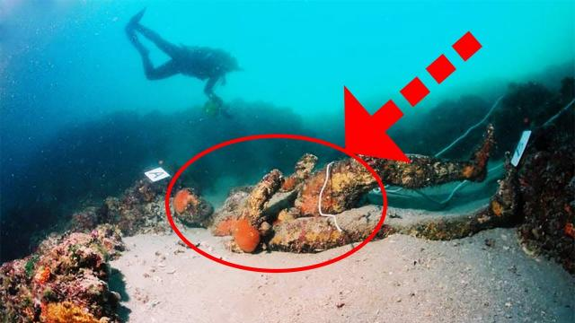 A Diver Was Exploring Off The Coast Of Italy When He Unearthed Two Astonishing Ancient Discoveries