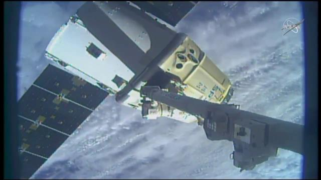 SpaceX Dragon Departs Space Station