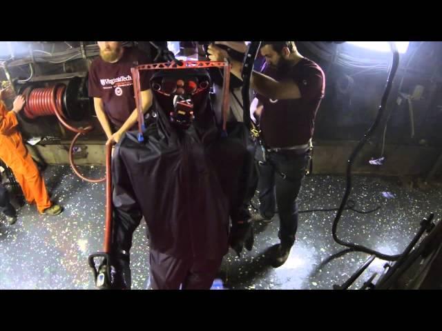 Baptême du feu pour le robot pompier de l'US Navy