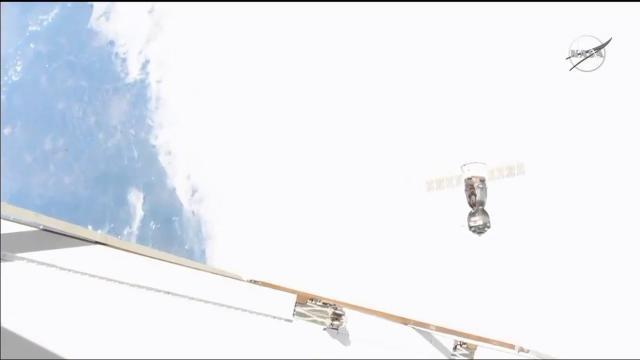 Soyuz Carrying Humanoid Robot Aborts Space Station Docking