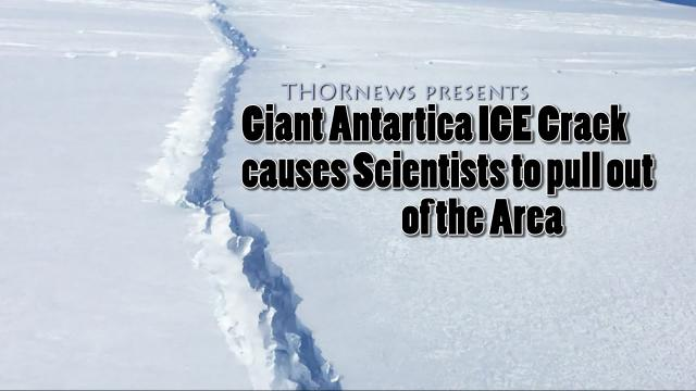 Giant Antartica Ice CRACK causes Scientists to pull out of Area
