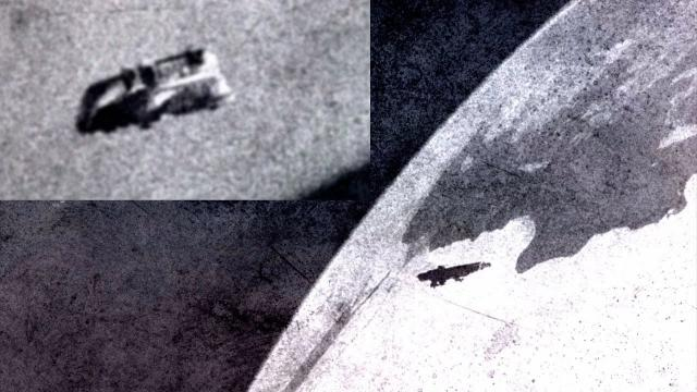 USB Stick of Quisto found with UFOs in Space (Voyage 1 & 2)