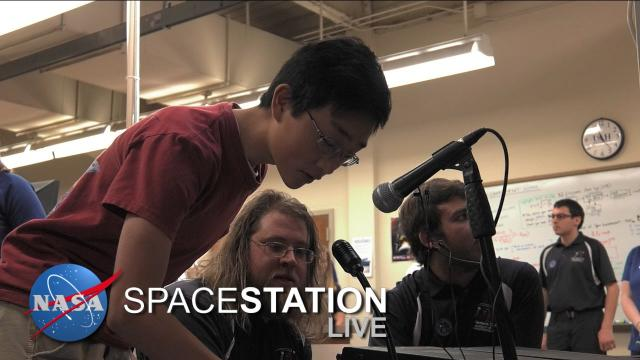 Space Station Live: Hamming it up on Space Station