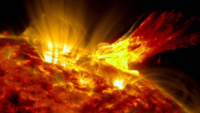 Sun's 'Wing-Like' Eruption Compared To Phoenix | Time-Lapse Video